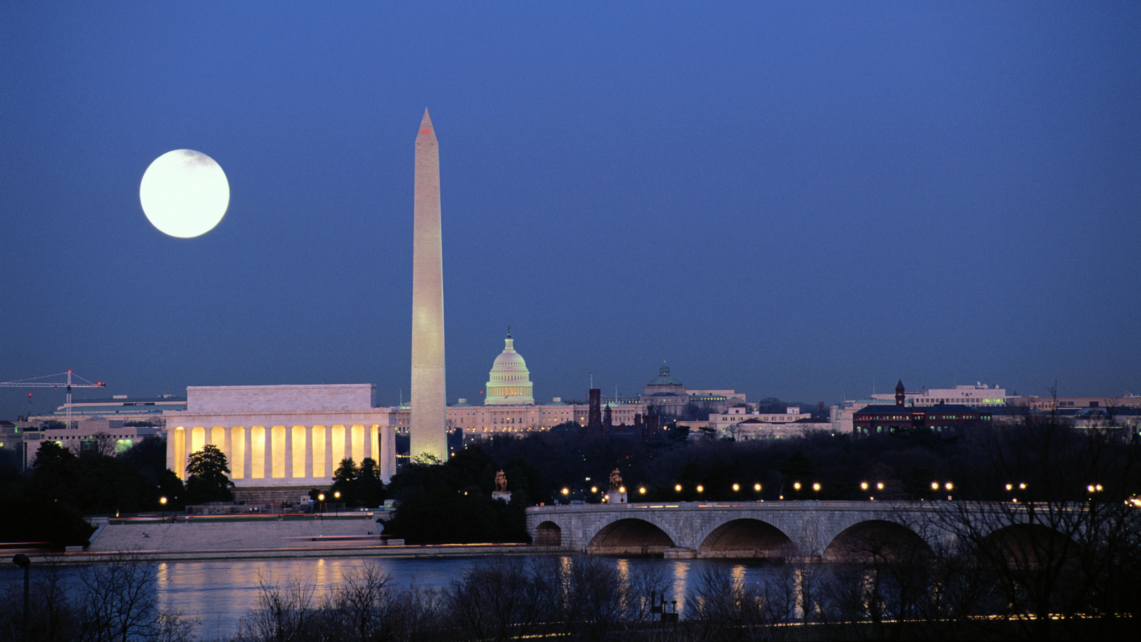 Skyline with Lincoln and Washington Monuments and Capitol, Washington DC, United States